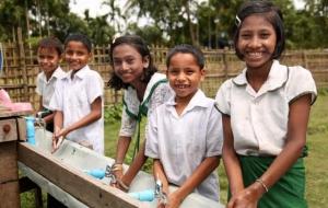 지난 한 해, 생명을 구하기 위한 옥스팜의 활동들 : 위생시설 이야기