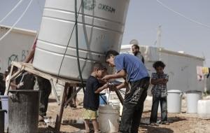 지난 한 해, 생명을 구하기 위한 옥스팜의 활동들 : 깨끗한 물 이야기