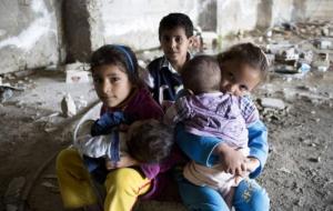 일시적인 도움으로는 굶주리고 있는 시리아 주민들을 살릴 수 없습니다